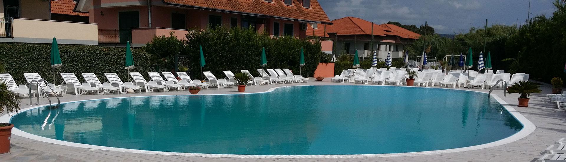 Offerte piscine biodesign saune fontane accessori napoli for Offerte piscine